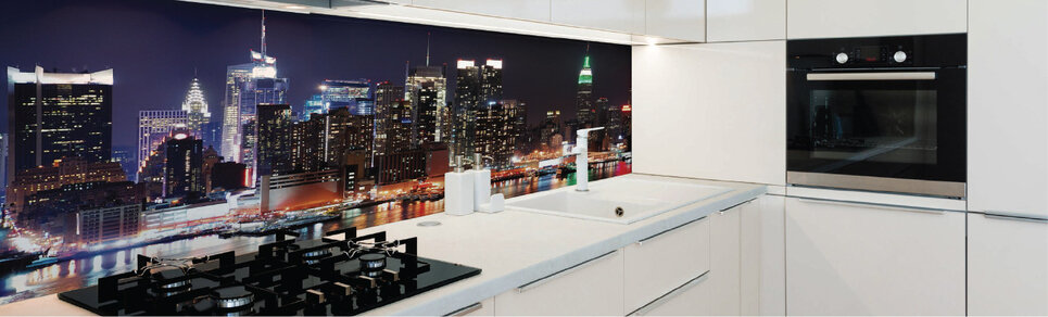 image of a kitchen with city scene digitally printed glass splashback